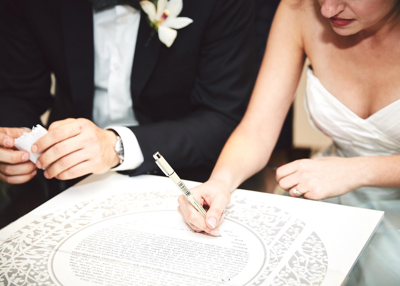 161029_TheLoadingDockWedding_CT_WeddingPhotography_By_BriJohnsonWeddings0031.jpg