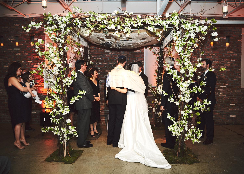 161029_TheLoadingDockWedding_CT_WeddingPhotography_By_BriJohnsonWeddings0042.jpg