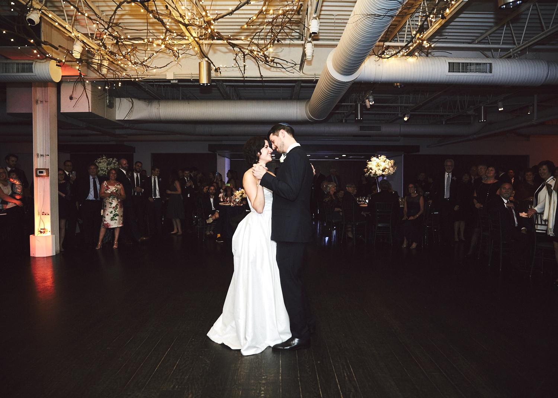 161029_TheLoadingDockWedding_CT_WeddingPhotography_By_BriJohnsonWeddings0055.jpg