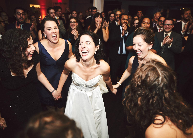 161029_TheLoadingDockWedding_CT_WeddingPhotography_By_BriJohnsonWeddings0058.jpg