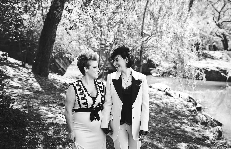 170423-SameSexWedding-GayWedding-LesbianWedding-CentralParkWedding-TheDanielWeddingPhotography_By_BriJohnsonWeddings_0042.jpg