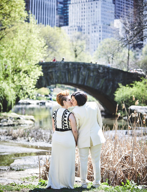 170423-SameSexWedding-GayWedding-LesbianWedding-CentralParkWedding-TheDanielWeddingPhotography_By_BriJohnsonWeddings_0053.jpg