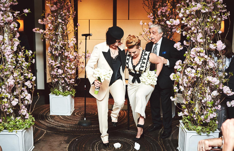 170423-SameSexWedding-GayWedding-LesbianWedding-CentralParkWedding-TheDanielWeddingPhotography_By_BriJohnsonWeddings_0079.jpg