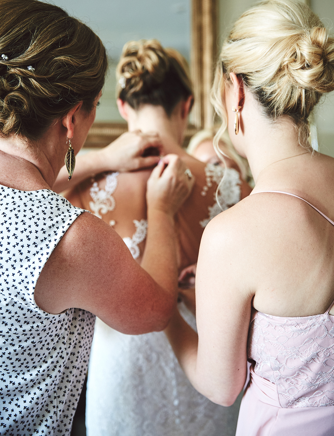 170804_TappanHillMansionWeddingPhotography_NYWeddingPhotographerBy_BriJohnsonWeddings_0034.jpg