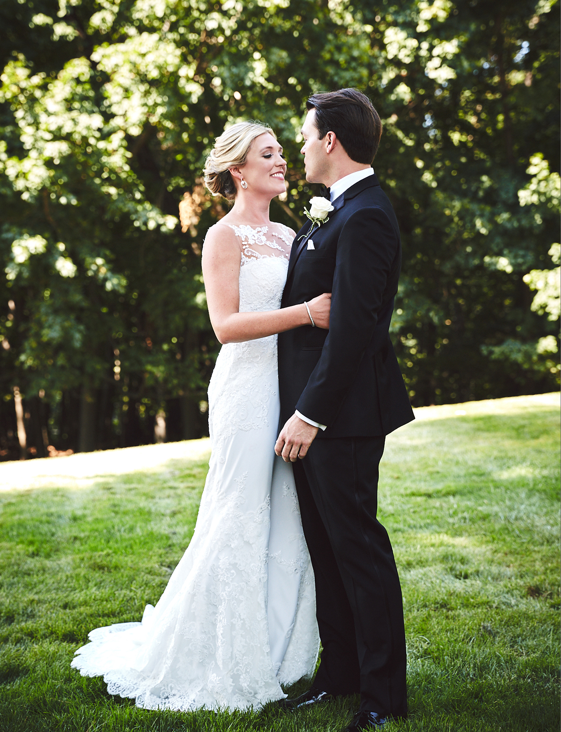 170804_TappanHillMansionWeddingPhotography_NYWeddingPhotographerBy_BriJohnsonWeddings_0048.jpg