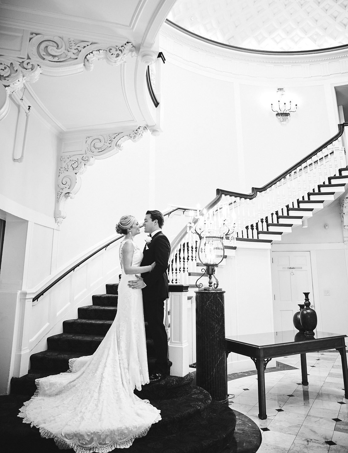 170804_TappanHillMansionWeddingPhotography_NYWeddingPhotographerBy_BriJohnsonWeddings_0059.jpg