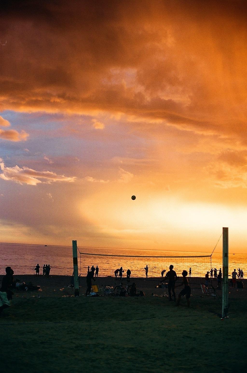 BRAZIL SUNSET BALL.JPG