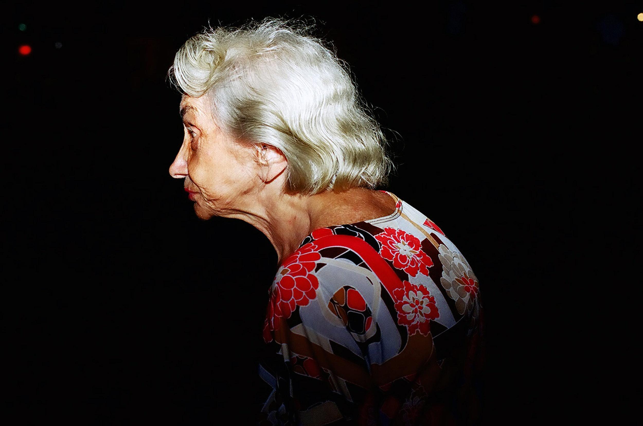 6. WOMAN SIDE.jpg