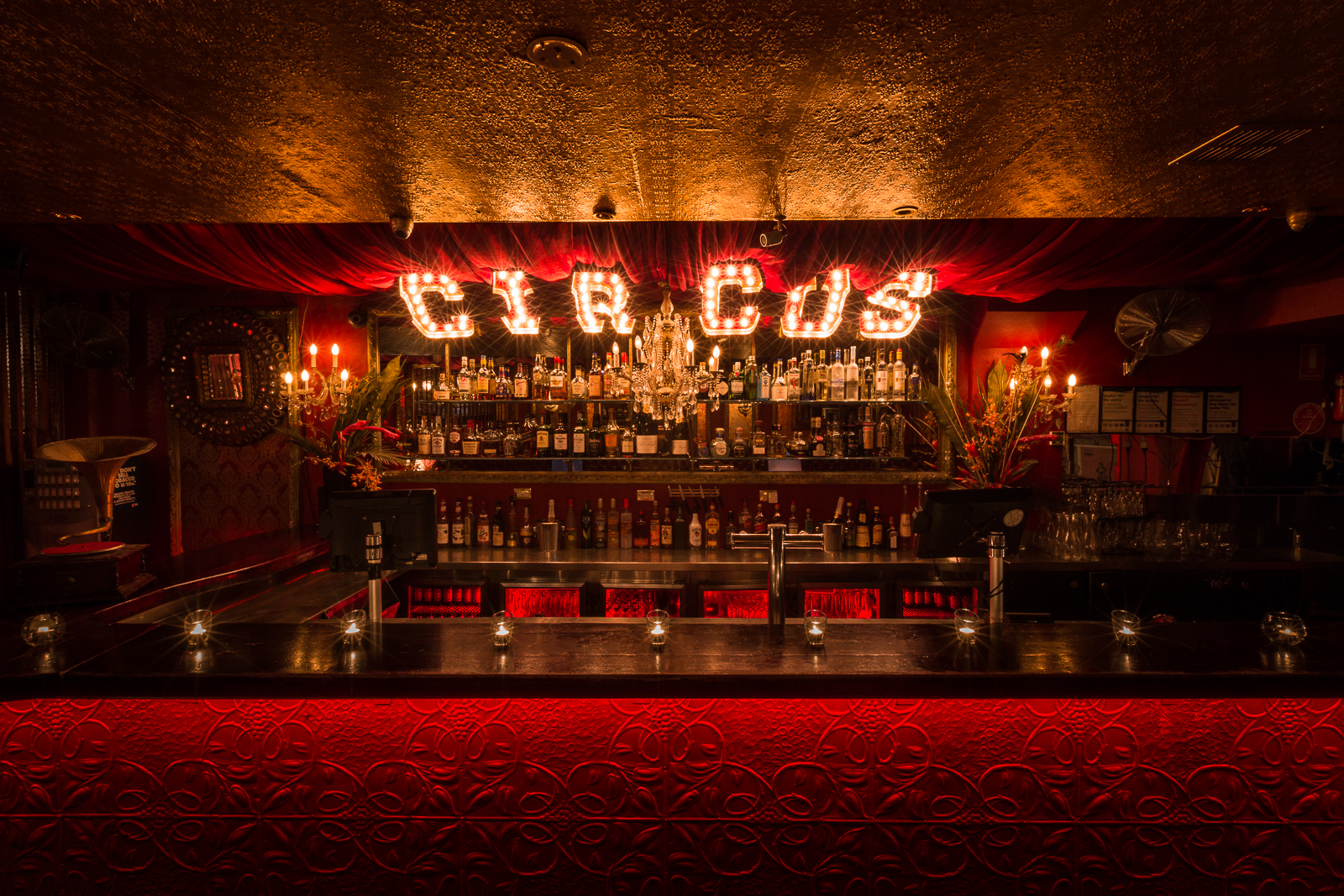 Circus Bar_Low Res_Darker_006.jpg