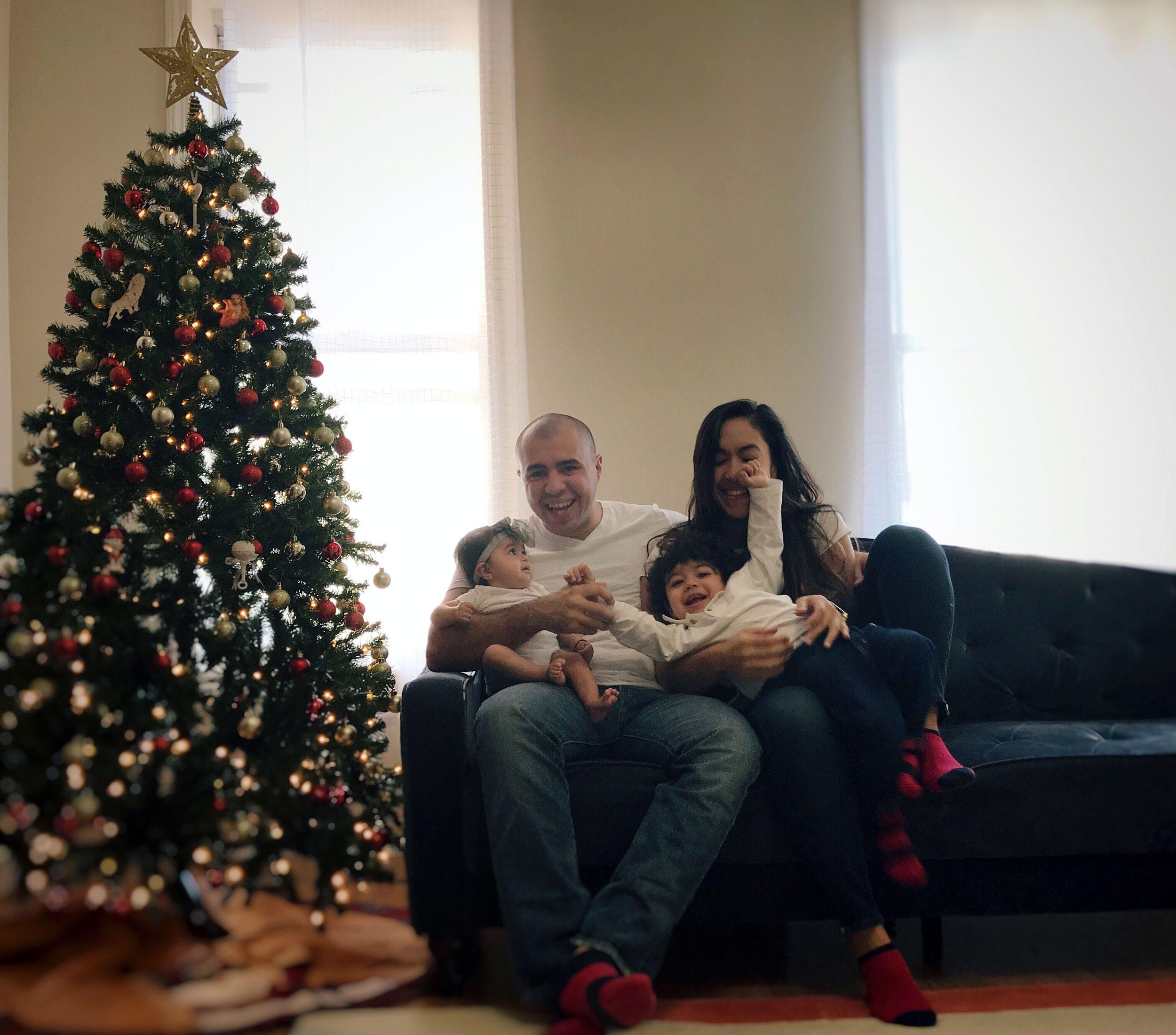 Family Christmas Card Photo Ideas