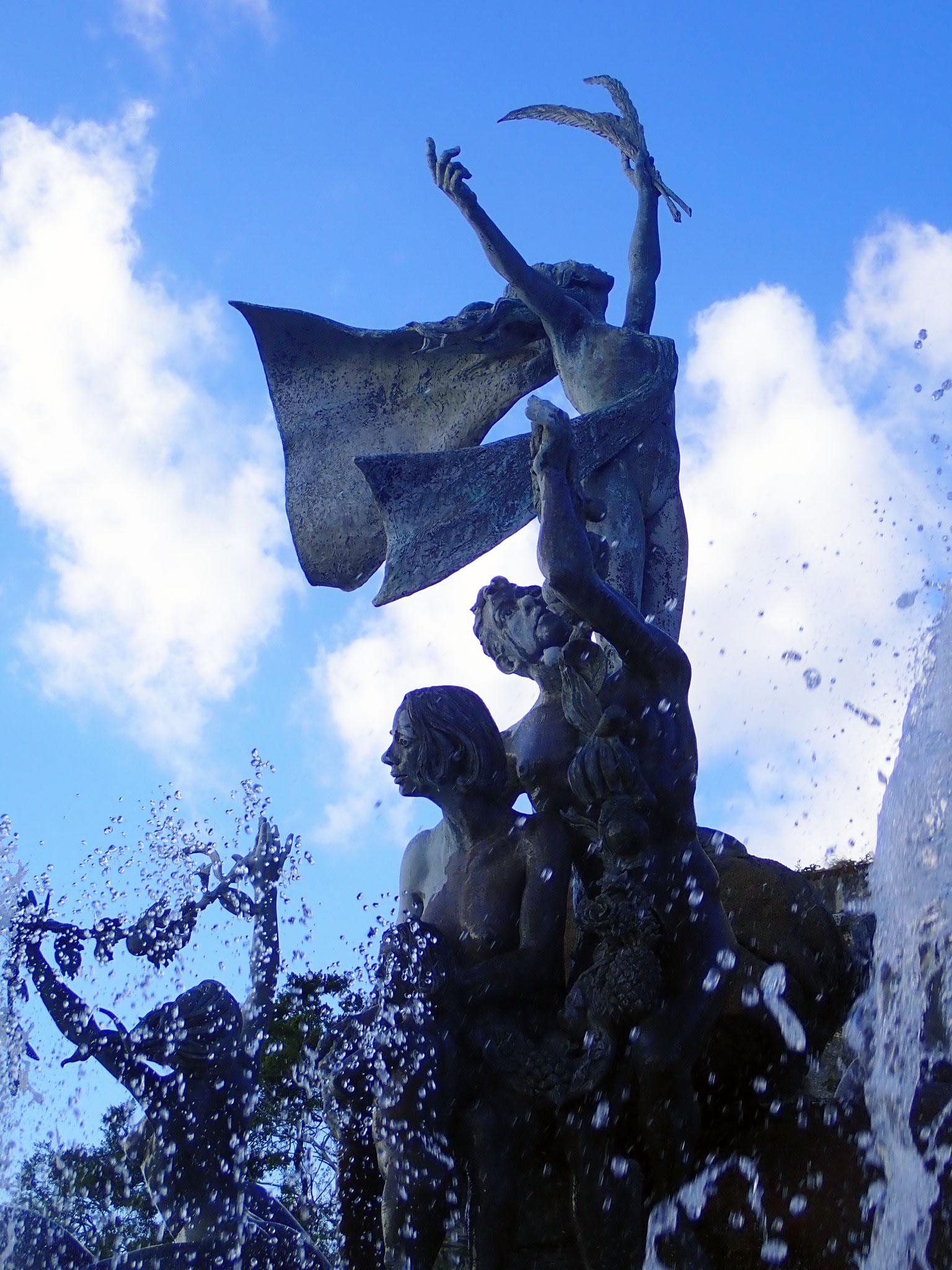 Fuente Raices   Paseo de la Princesa   Old San Juan   Viejo San Juan   Things to do Old San Juan   Things to do Viejo San Juan   Puerto Rico Things To Do   www.anajacqueline.com