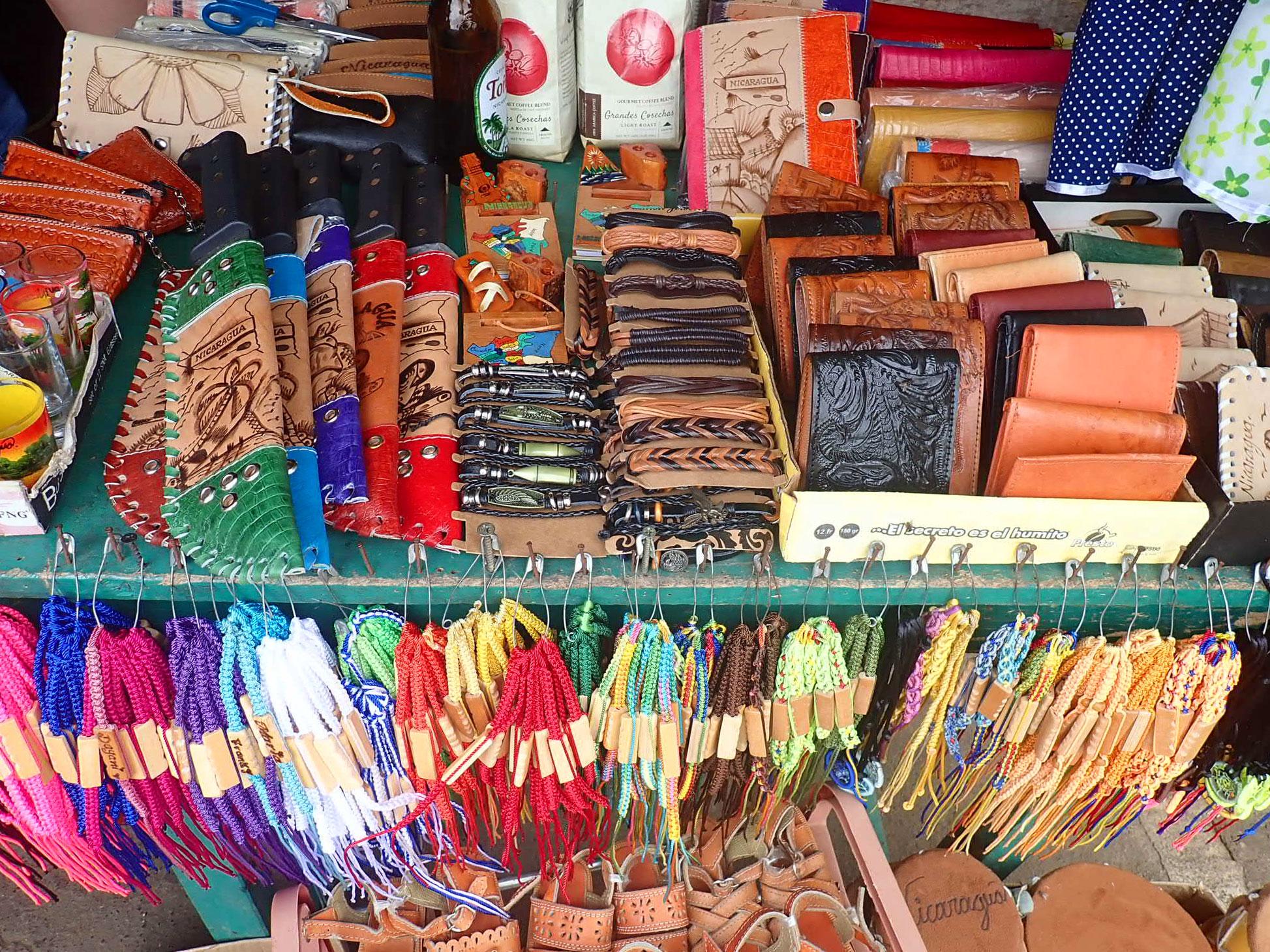 Masaya Market | Mercado Masaya | Nicaragua Travel | Masaya, Nicaragua | Nicaragua | Nicaragua Bucket List | Nicaragua travel guide | www.anajacqueline.com