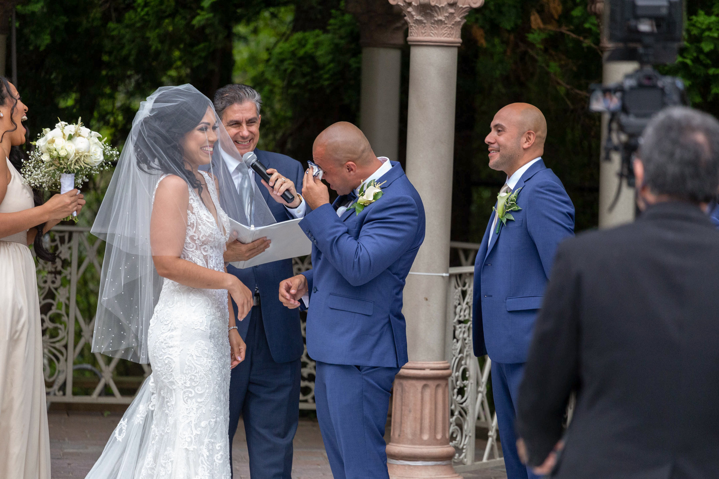 Outdoor wedding ceremony ideas.jpg