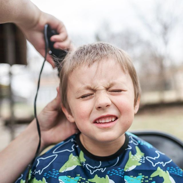 When you have four boys this is the way you do haircuts. #documentyourdays #documentaryfamilyphotography #thedocumentarymovement #dayinthelifephotography #dfpcommunity #shamoftheperfect  #cedarrapidsphotography #cedarrapidsphotographer #documentaryfamilyawards #haircuts #boycut #shears