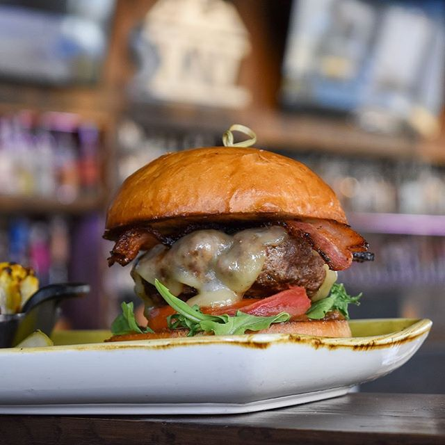There is nothing more Colorado then a great burger!  Pictured is our Tap Fourteen Uptown Burger made with Grass Fed Beef from Corner Post Ranch outside of Colorado Springs . . . #ranchtotable #tapfourteen #tap14 #uptown #beergarden #craftbeer #coloradocraftbeer #cocraftbeer #denver #denverco #denvercolorado #uptowndenver #lodo #colorado #local