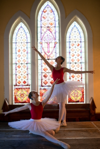 Maple+Leaf+School+of+Russian+Ballet.jpg