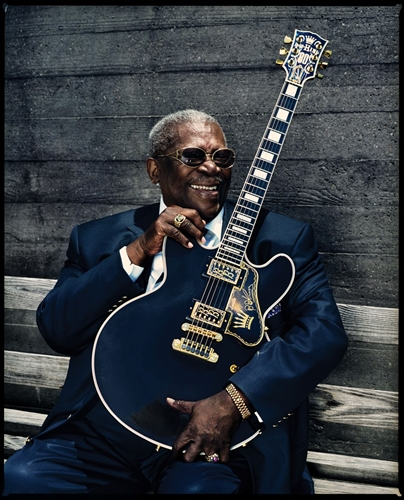 Image of B.B. King and Lucille:Copyright   ©  www.bbking .com.