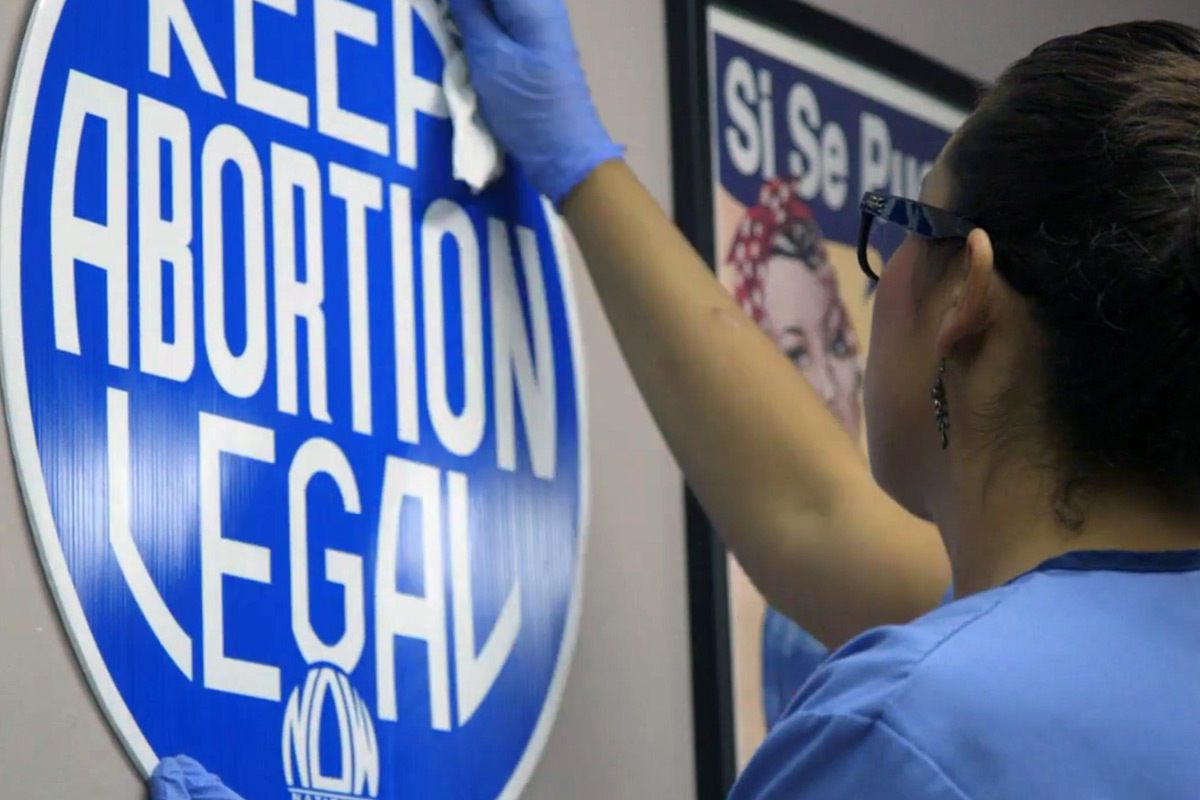 89% of all U.S. counties lacked an abortion clinic in 2011; 38% of women live in those counties.