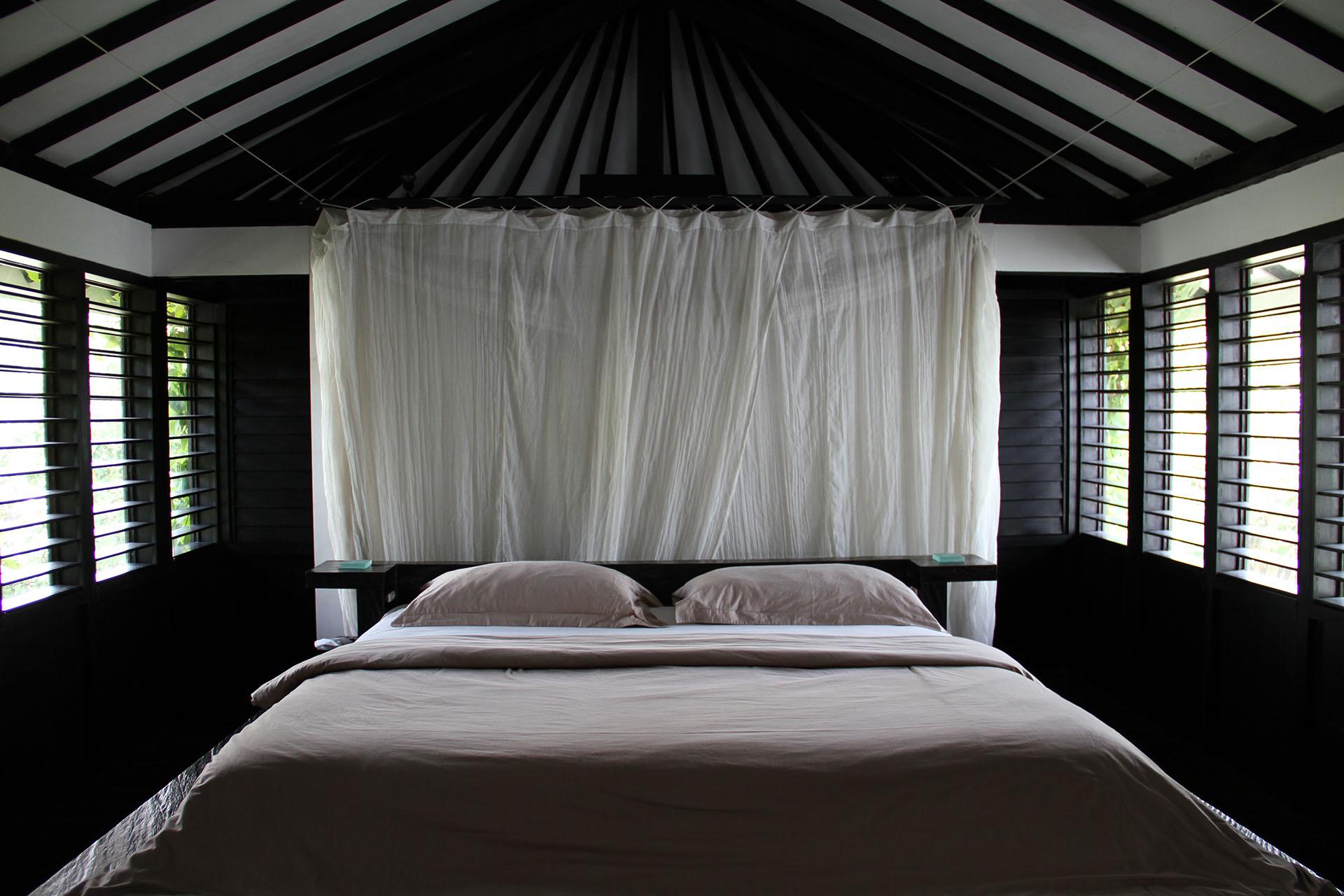 morabito-art-villa-canopy-suite-5.jpg