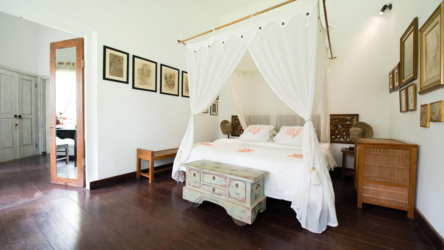 5---Butterfly-bedroom.jpg