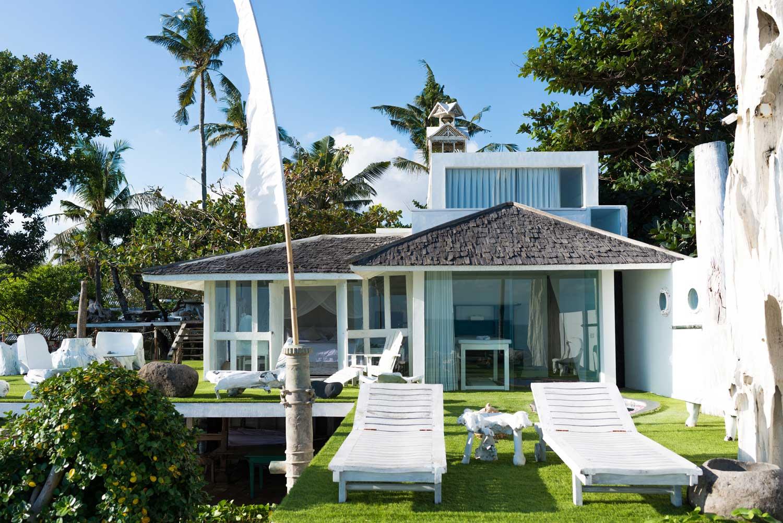 Morabito-Art-Villa-Beach-House-interior-exterior-2-small.jpg