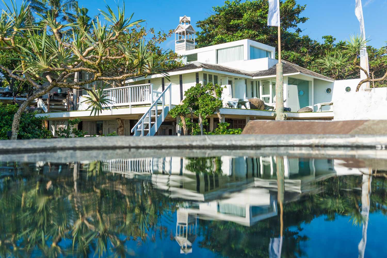 Morabito-Art-Villa-Beach-House-exterior-1-small.jpg