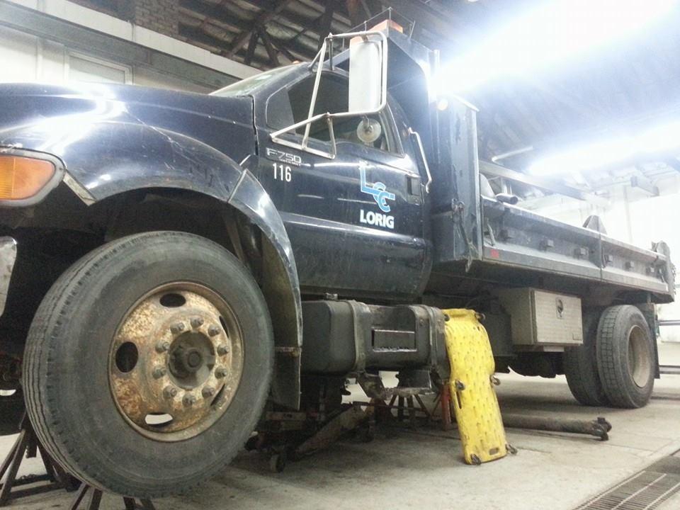 side_truck.jpg