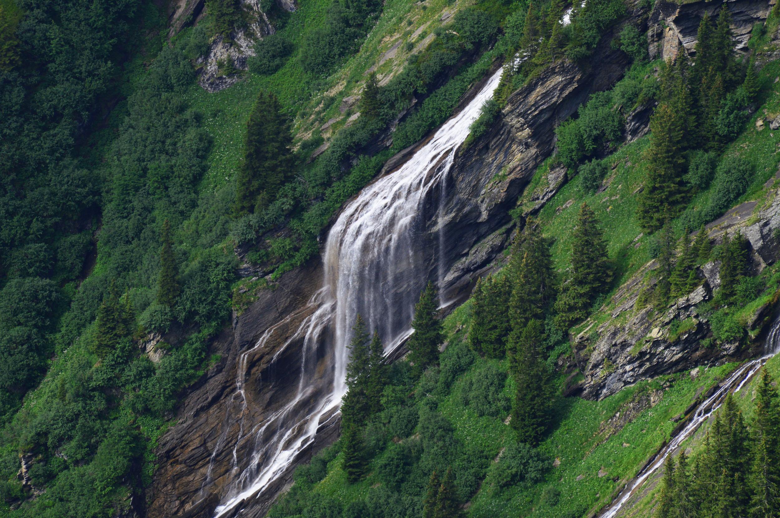 diagonal-waterfall.jpg
