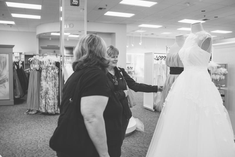 Mandy-wedding-dress-try-on-0004.JPG