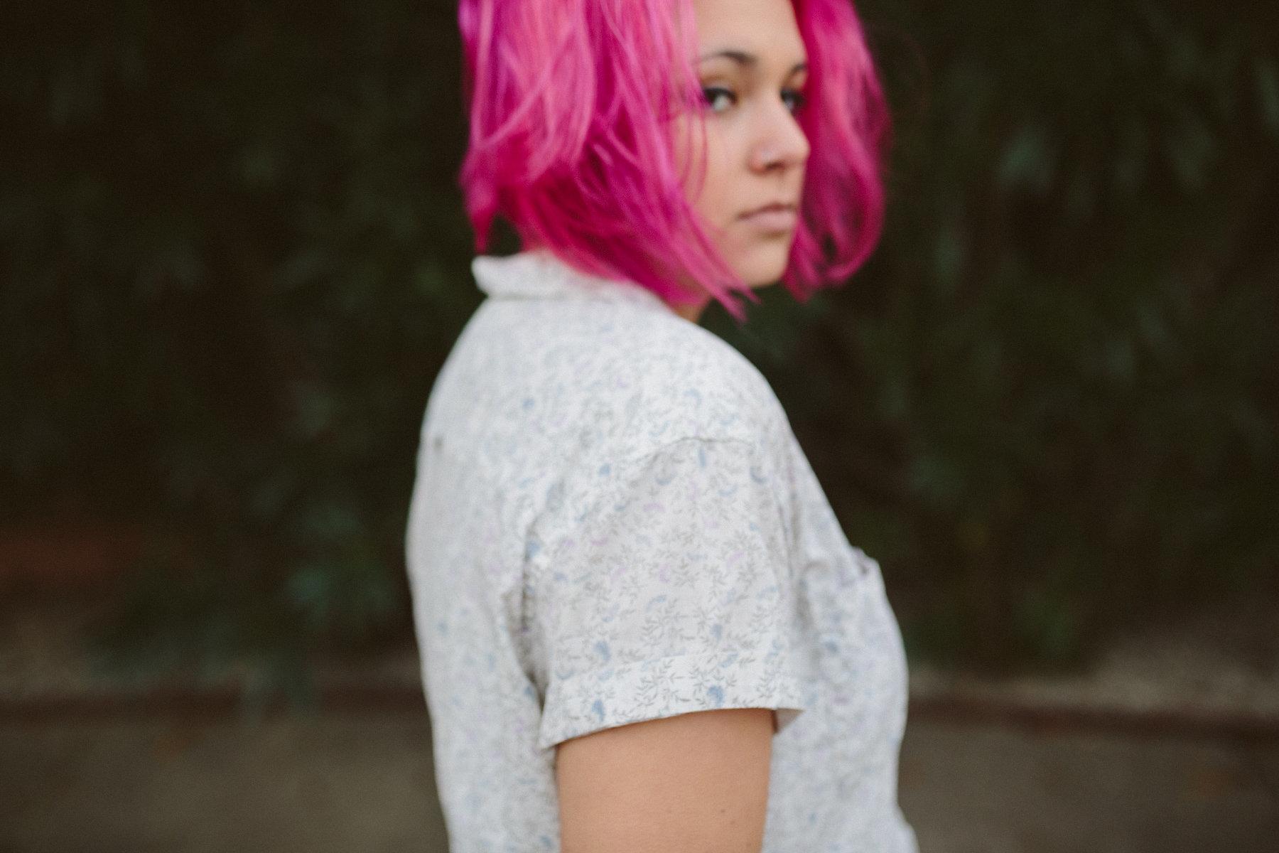 Emily-Pink-Hair-0042.jpg