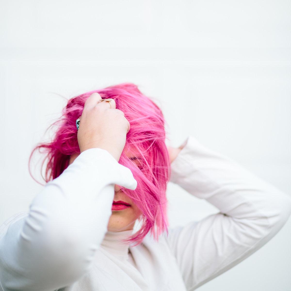Emily-Pink-Hair-0060.jpg