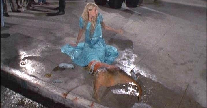 2922797f4f4f9b621ff2e933e407a21a--splash-movie-mermaid-movies.jpg