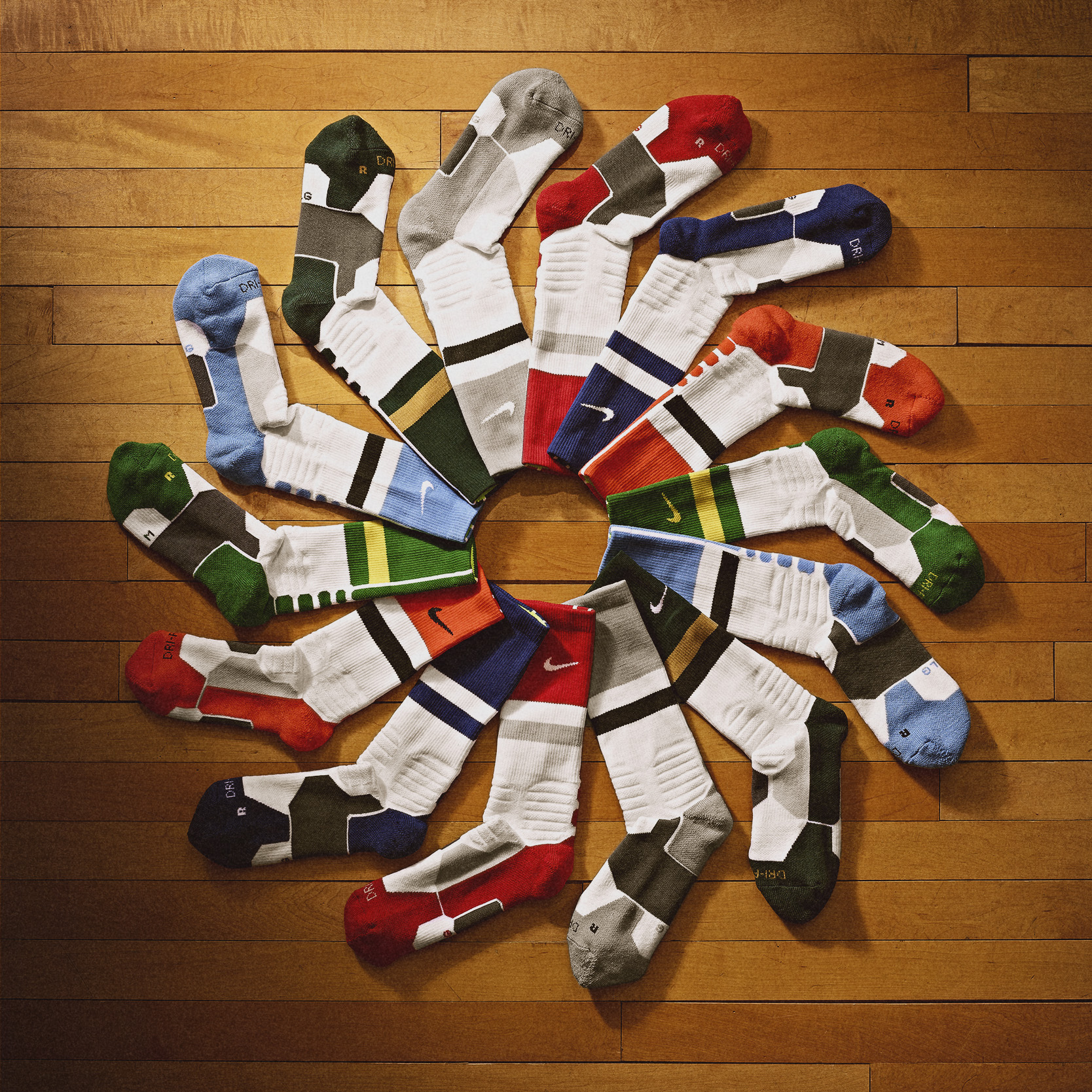 Nike_NCAA_March_Madness_SOCKS_v2_28213.jpg