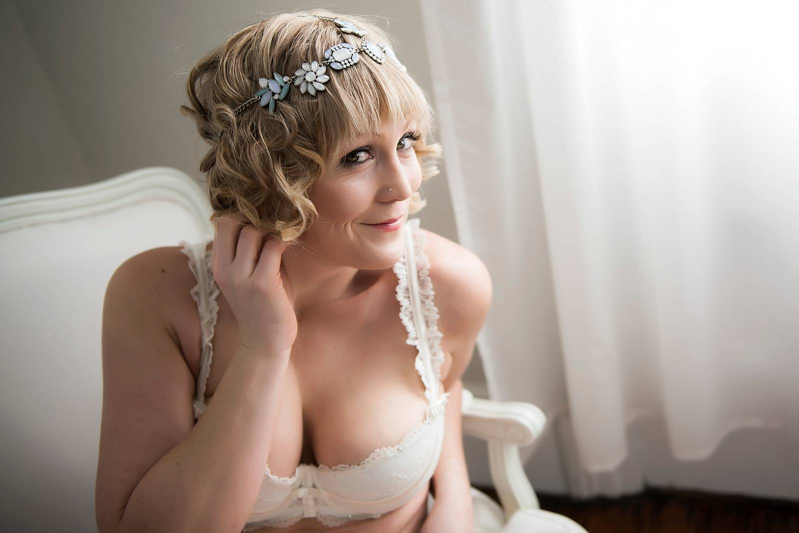 Sexy-bridal-photos-02.jpg