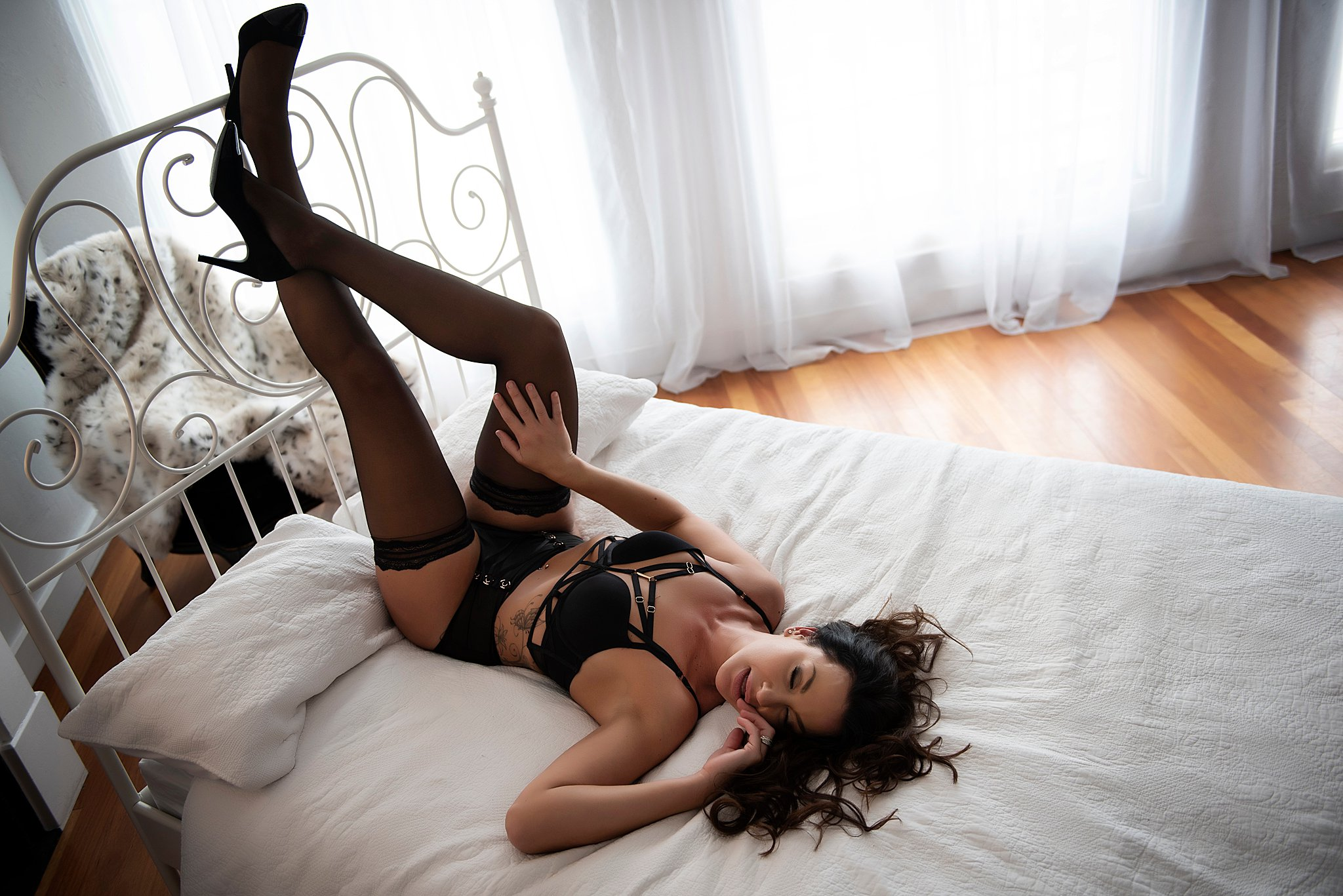 Intimate-boudoir-photoshoot-008.jpg
