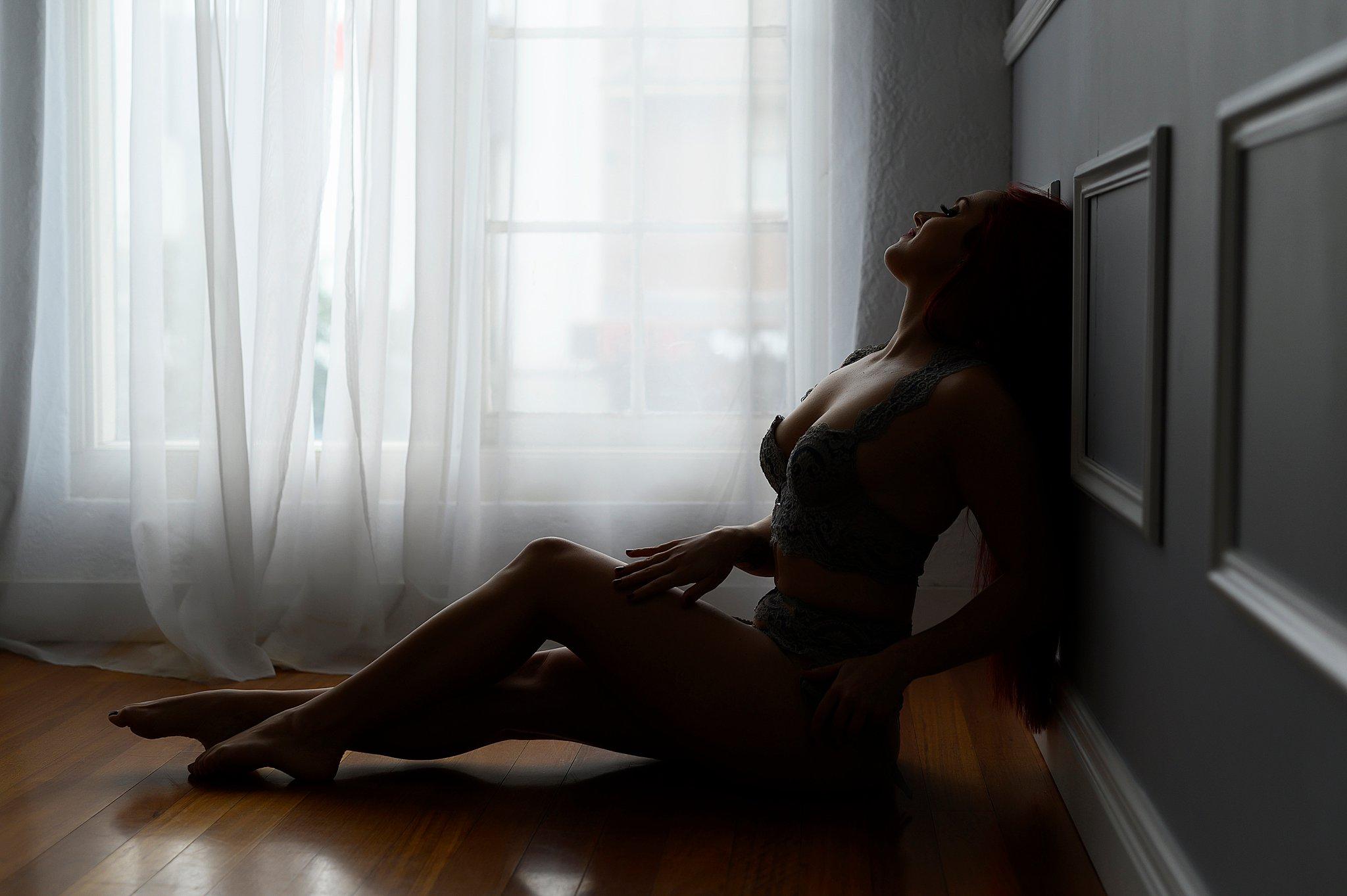 Sydney Boudoir glamour lingerie photo (1).jpg