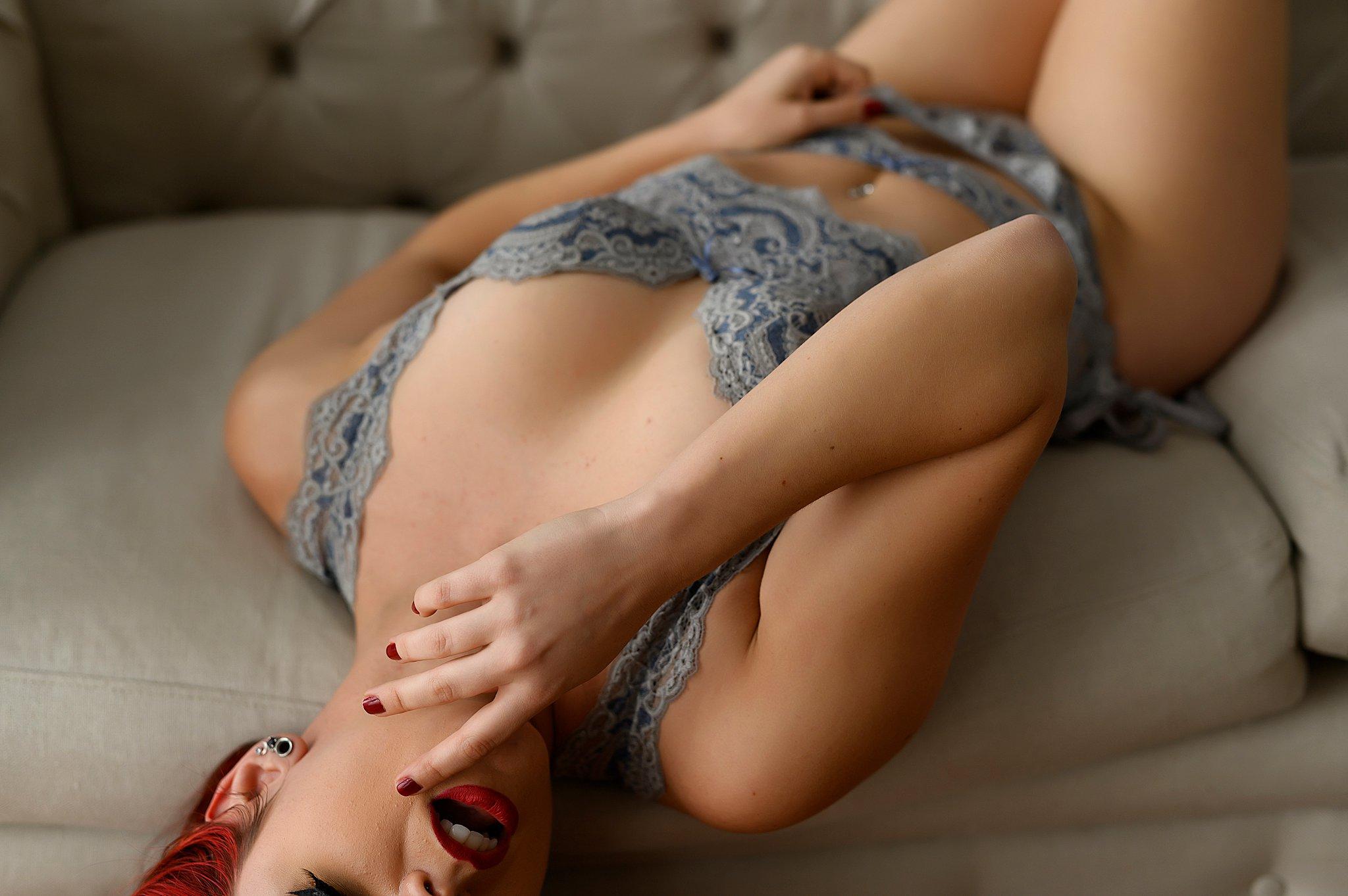 Sydney Boudoir glamour lingerie photo (3).jpg