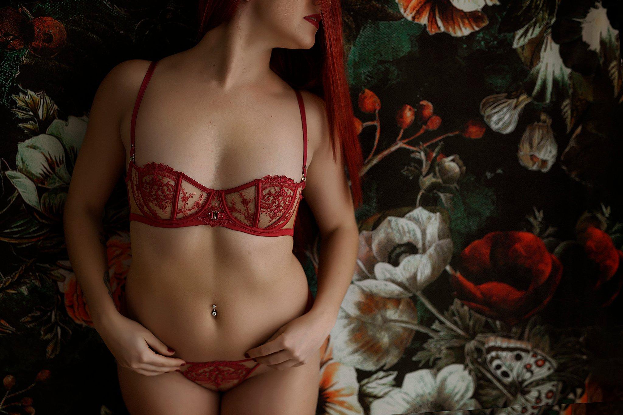 Sydney Boudoir glamour lingerie photo (4).jpg