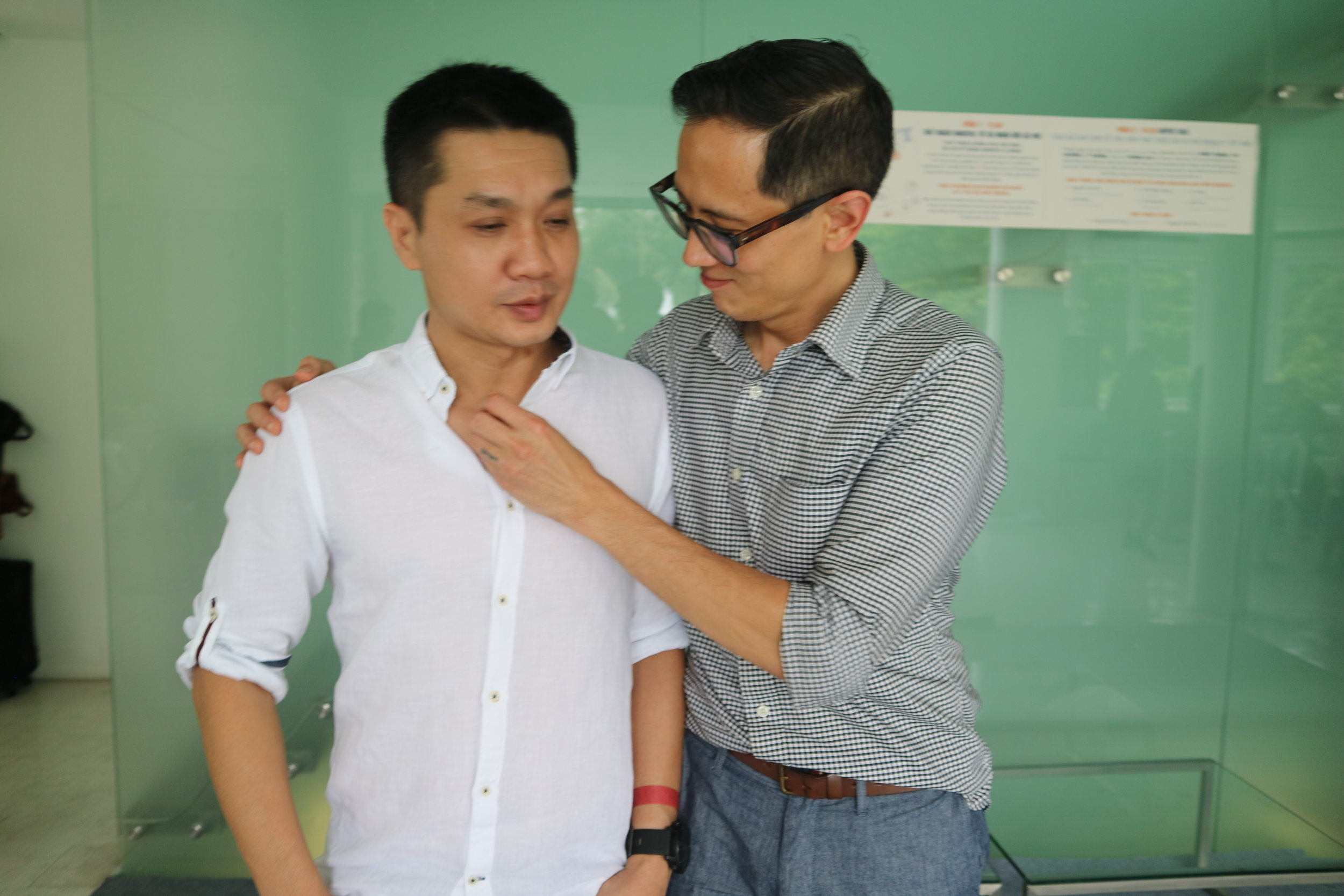 "Best buds: Dzung (The Workshop), Frithie ""hey you got something right here lemme get it."""