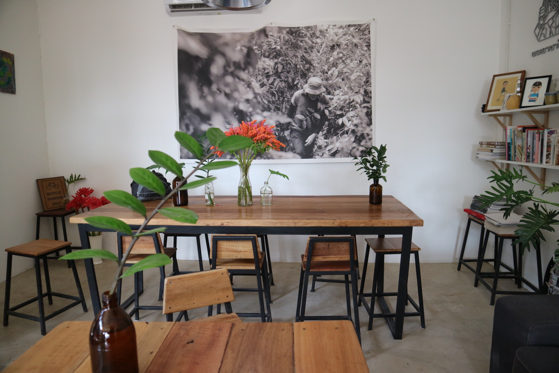 Essentialist living at Local Coffee