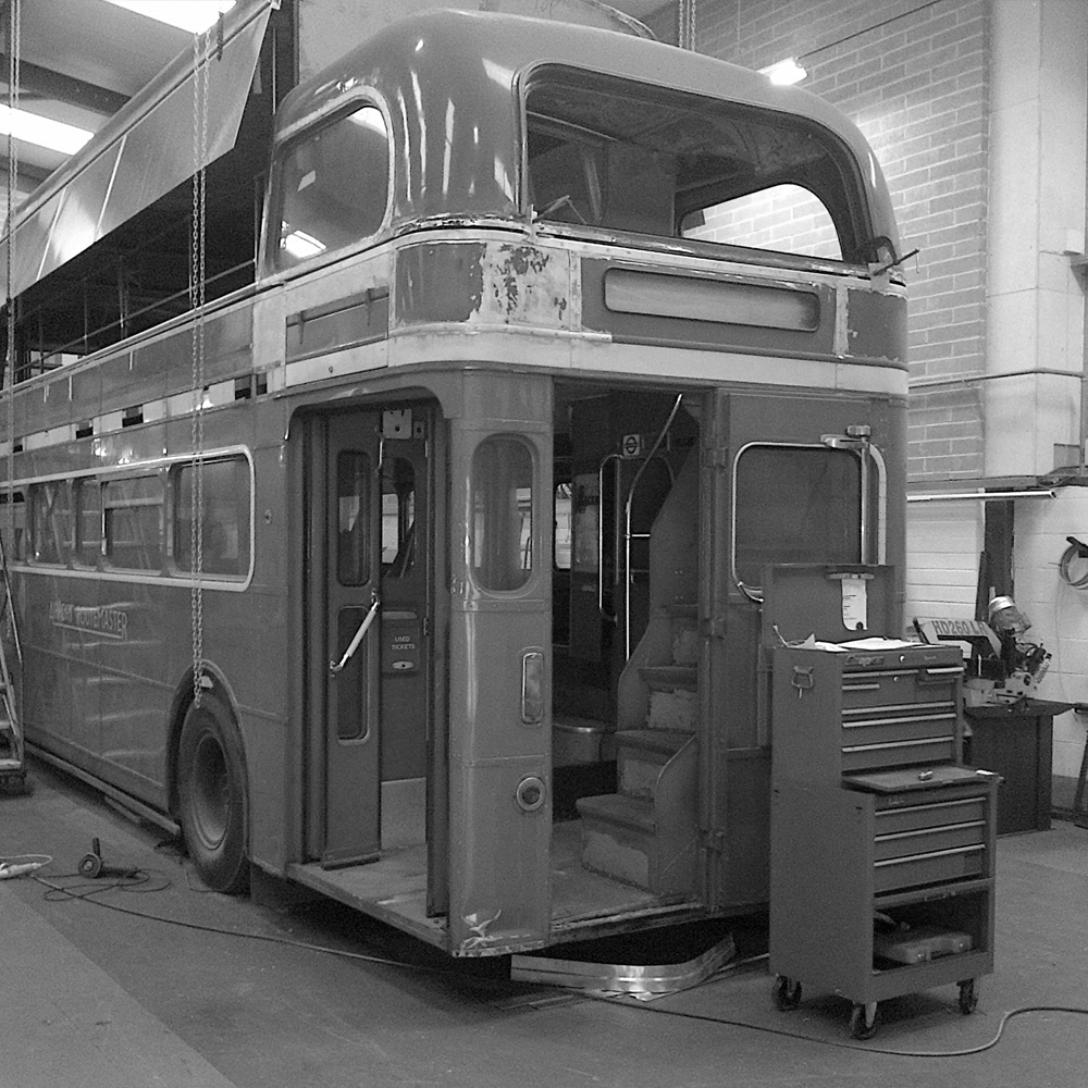 bus_business_production_09.jpg