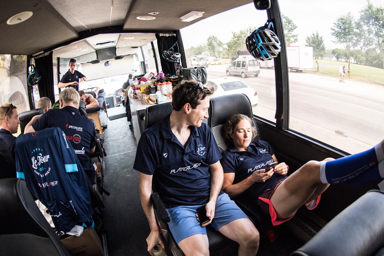 bus_business_tour_03.jpg