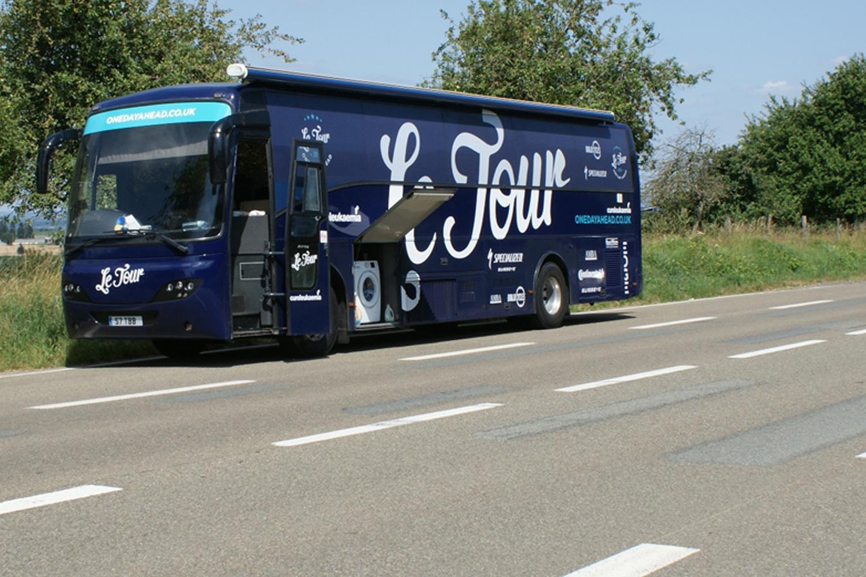 bus_business_tour_08.jpg