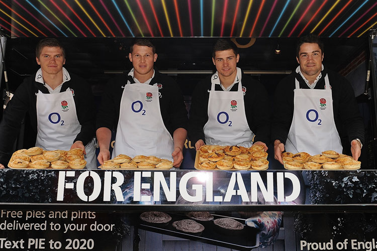 2016_bus_business_england_rugby_02.jpg