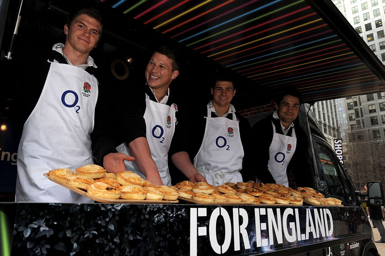 2016_bus_business_england_rugby_04.jpg