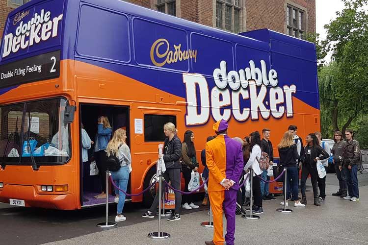 2016_bus_business_double_decker_05.jpg