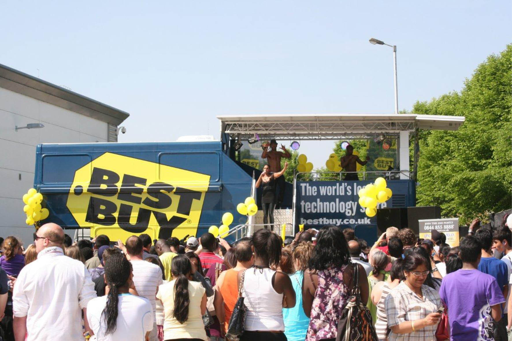 bus_business_best_buy_6.jpg
