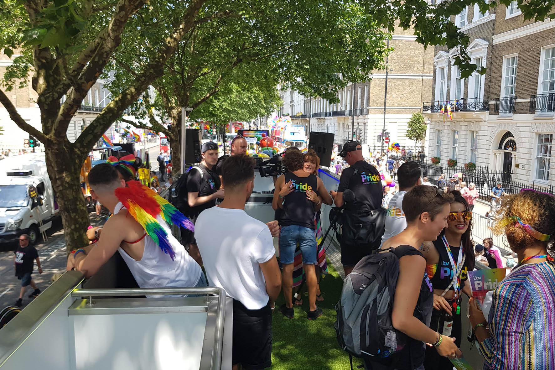 bus_business_london_pride_2018_8.jpg