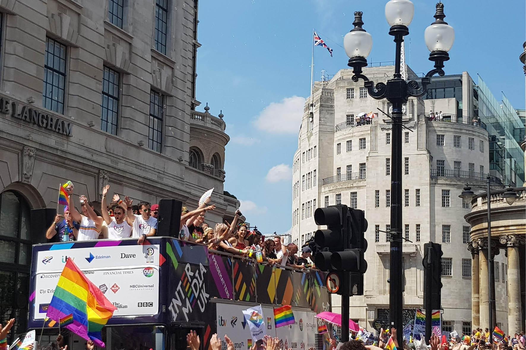 bus_business_london_pride_2018_10.jpg