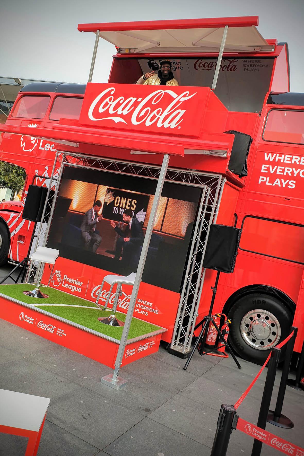bus_business_2019p_coca_cola_6.jpg